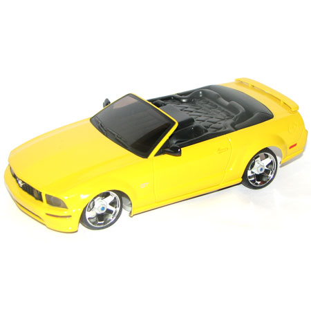 Radiostyrda bilar - 1:28 - Iwaver 04M Ford Mustang - 4WD - 2,4Ghz - Gul - RTR